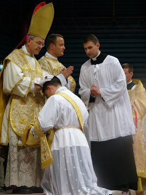 http://3.bp.blogspot.com/_dfR_xG2hpmw/SlM4NwxyCII/AAAAAAAAF9I/BpM0koTZlXY/s400/Schneider+-+Ordinations.jpg