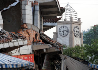 A heartbreaking moment of China SiChuan earthquake