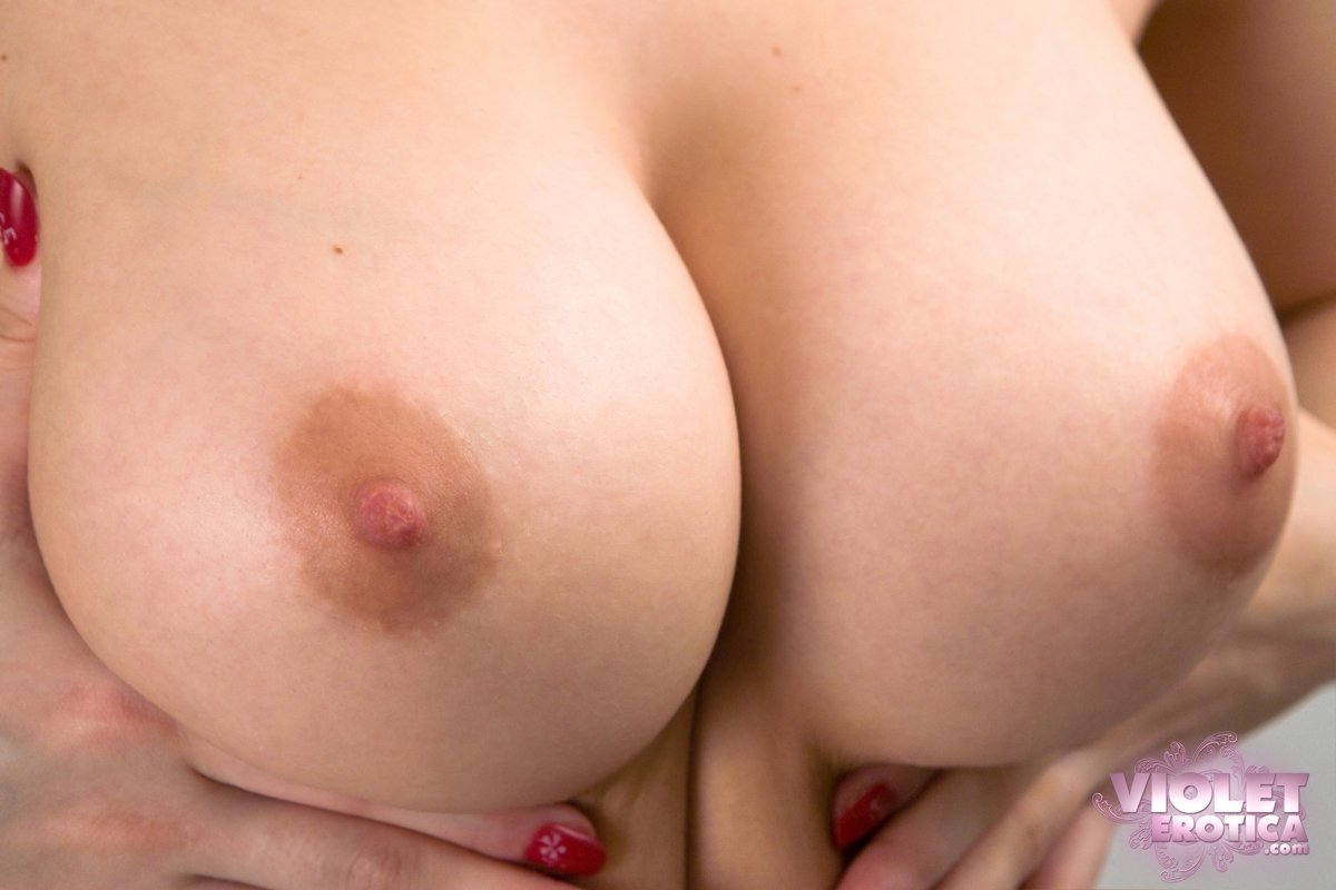 up close naked boob pics