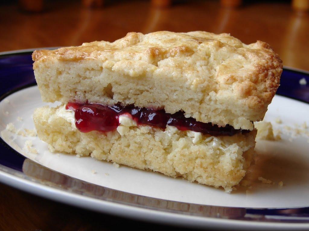 Nummy Kitchen: Irish Cream Scones
