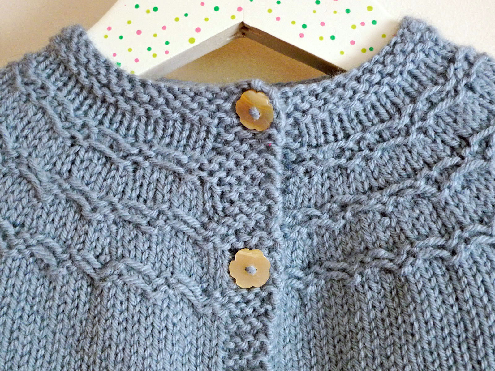 Knitting Pattern For Baby Seamless Yoked Sweater : Chocolate a chuva: smocked baby cardi + cabled booties