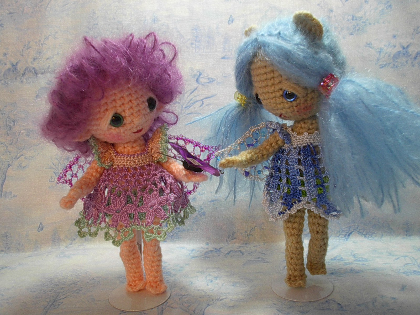 Amigurumi Doll Free Crochet Pattern : By hook by hand: crochet lace for dresses