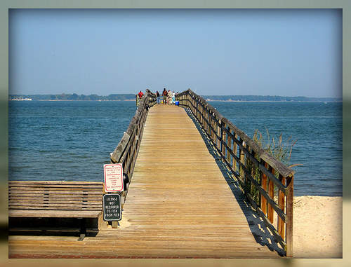 Living in williamsburg virginia yorktown fishing pier for Va beach fishing pier