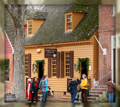 Christmas Decorated House Alexandria Va: Living In Williamsburg, Virginia: Christmas Decorations At