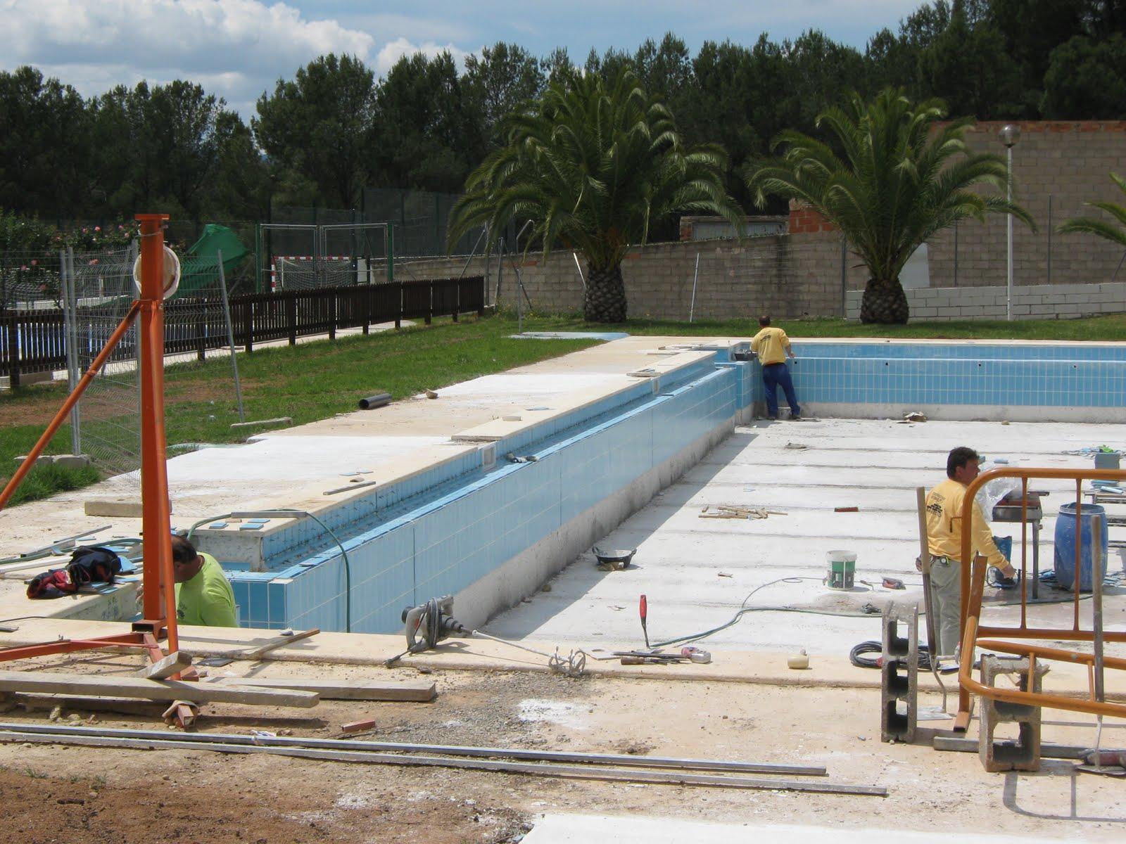 Construcciones y reformas barroso enero 2011 for Piscina segorbe