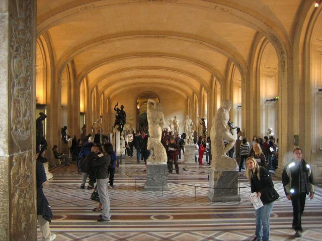 [Louvre+2007]