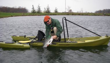 A better way to fish freedom hawk freedom fishing kayak for Stand up fishing kayak