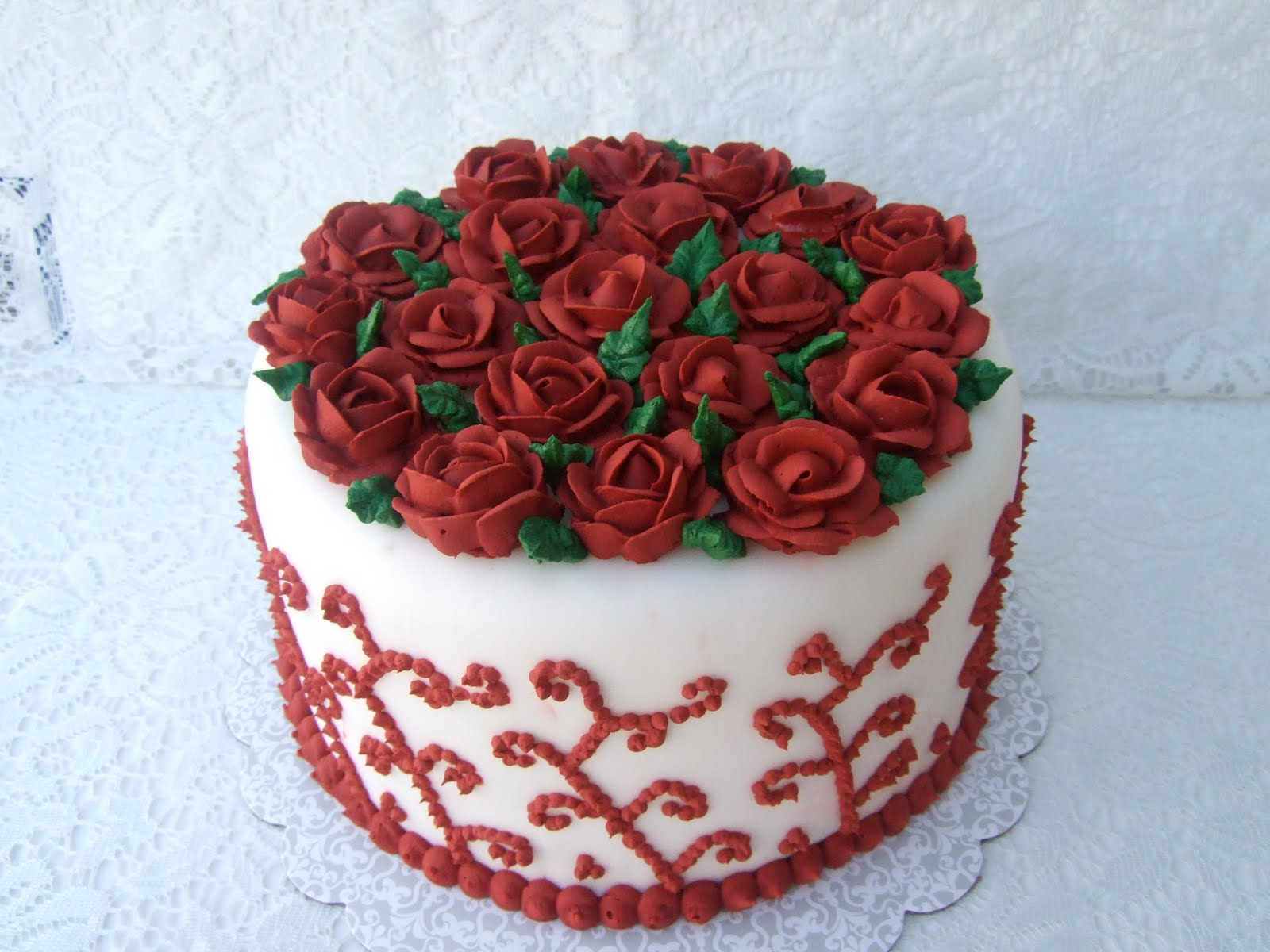Cake Ideas With Red Roses : DHANYA S DELIGHTS: Rose Cakes n  Cookies
