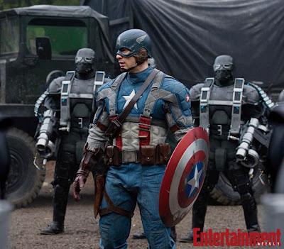 Captain America510%2B%25281%2529 - Nueva imagen de Thor, y la la del Cap en HQ.