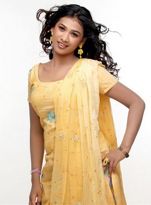 Actress Radhika Selvi - Celebrity Photos