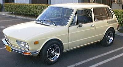 Brasília 1976, dois carburadores e 65 cv de potência