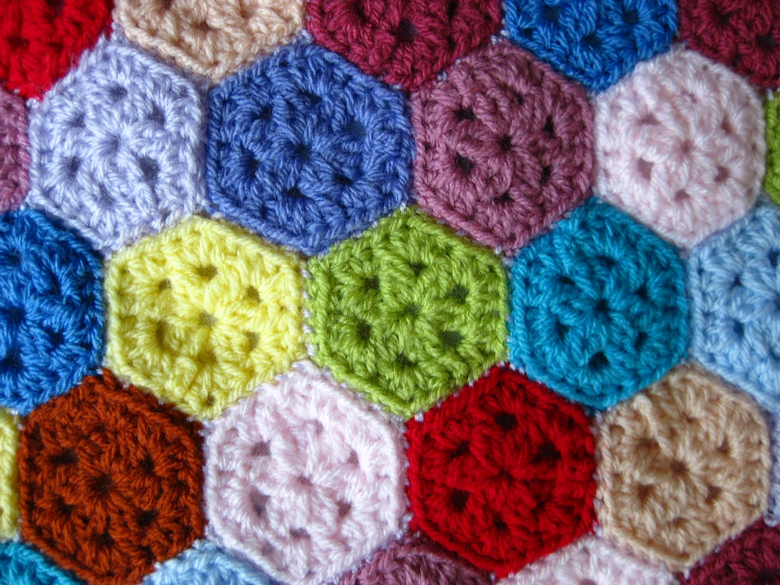 Crocheting Hexagons : Bunny Mummy: Mini Crochet Hexagons