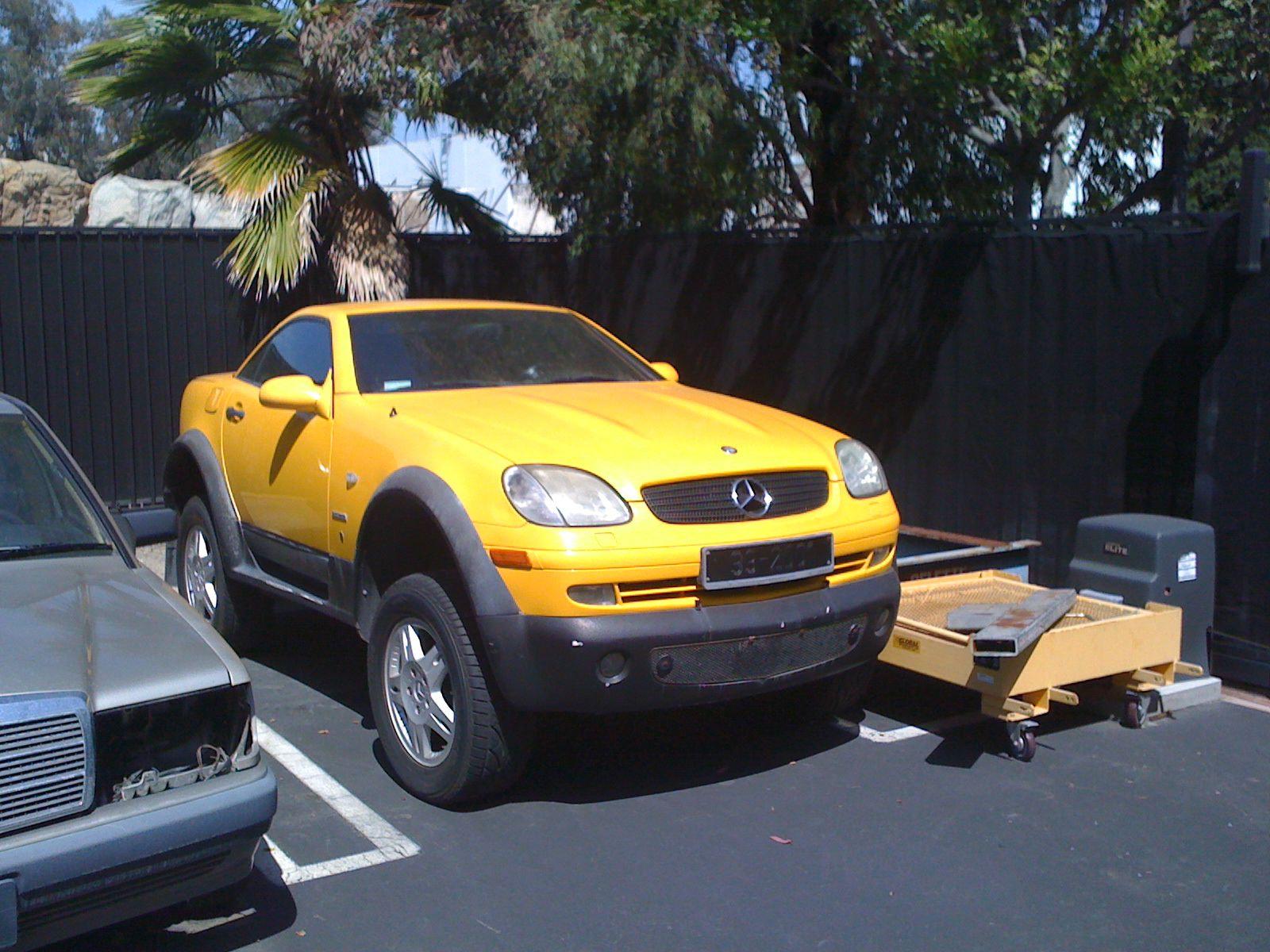 Four wheel drive mercedes benz slk for Mercedes benz vehicle
