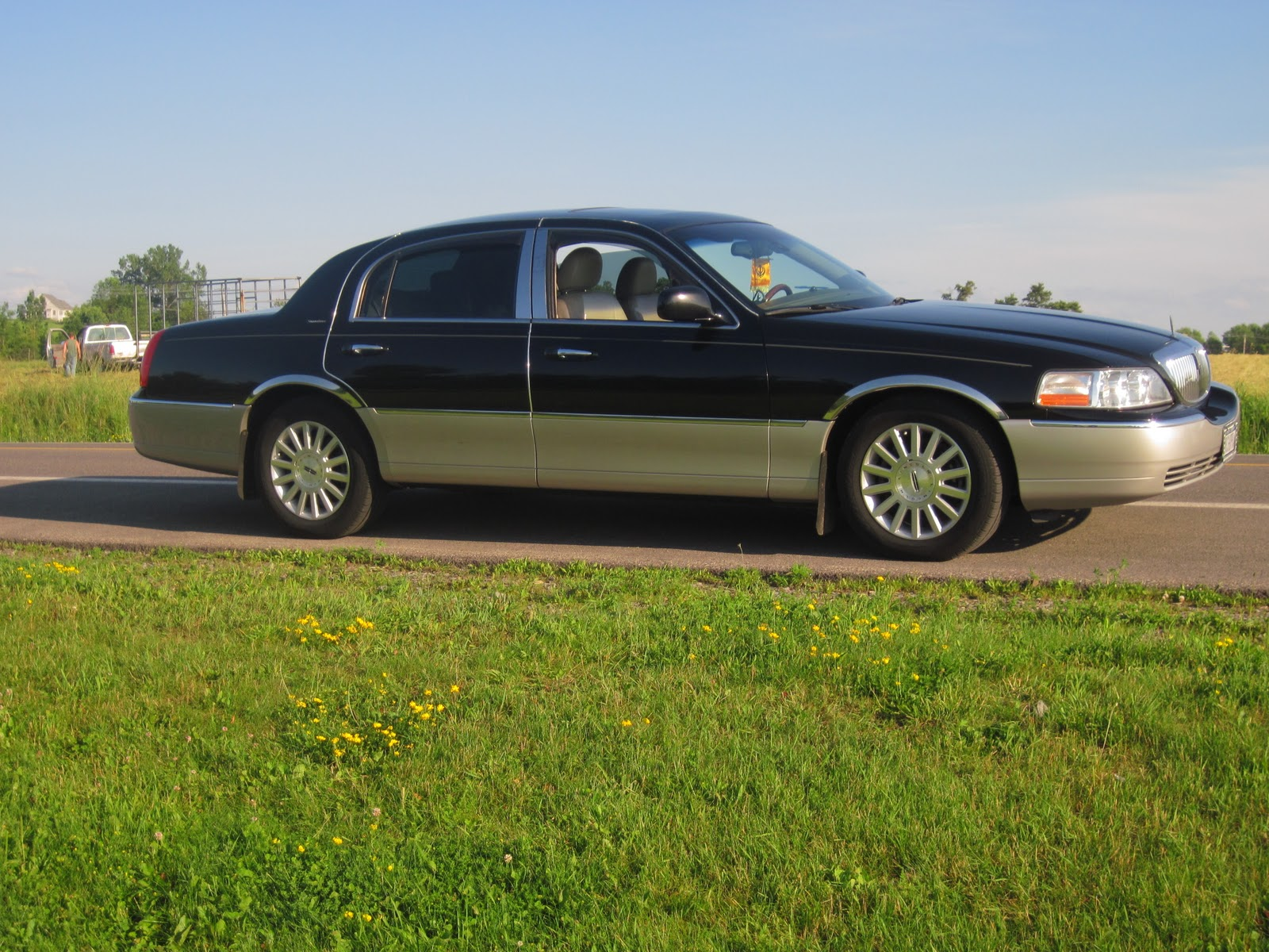 Mr Singh Transportation Taxi Syracuse Lincoln Town Car To Book Please Call 315 952 2242