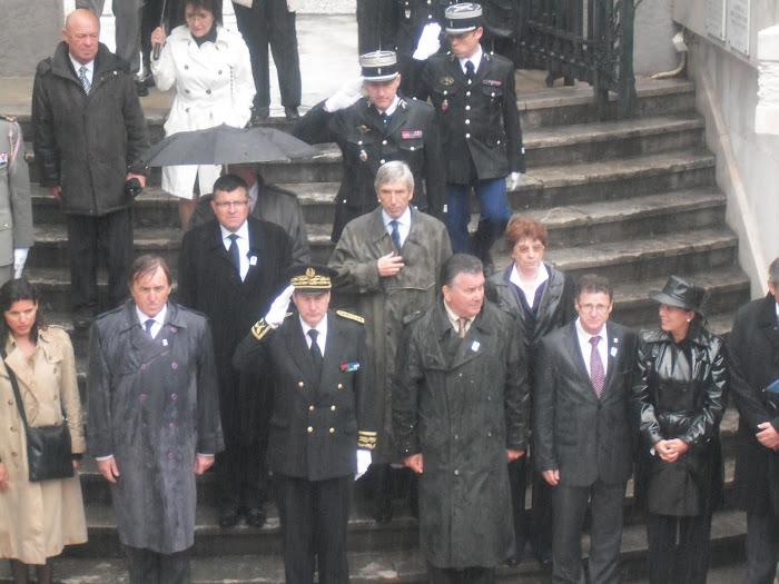 Jacky Raymond pendant la cérémonie du 08 Mai 2010