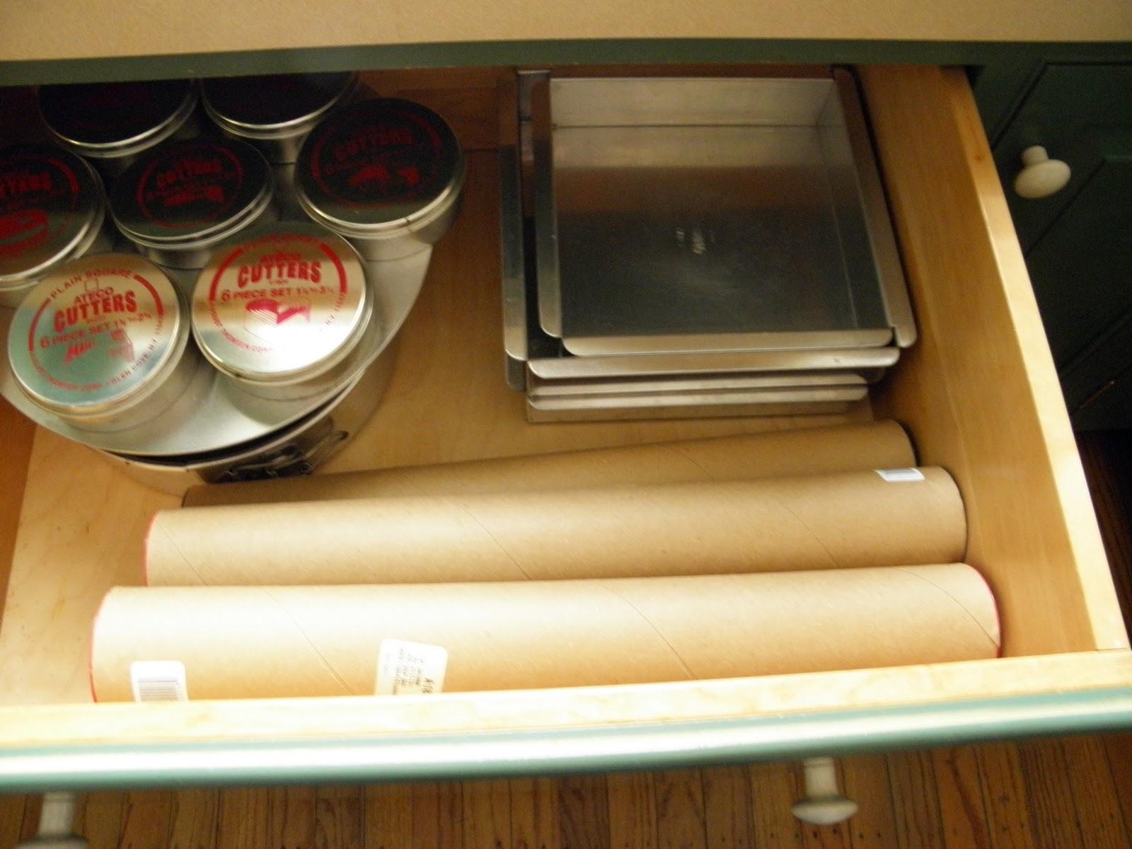 good things by david organizing baking equipment batterie de cuisine. Black Bedroom Furniture Sets. Home Design Ideas