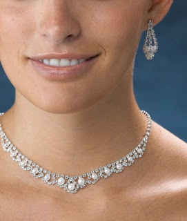 Wedding Jewelry: Rhinestone and Pearl Jewelry Set