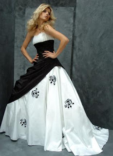 Black_white wedding dress