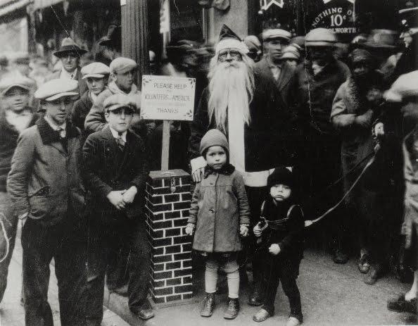 12 vintage christmas photographs - Vintage Christmas Photos