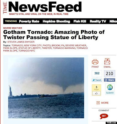 statue of liberty tornado photo, time magazine, photojournalism, fake photo, NYC fake photo, 1976 tornado photo, gotham tornado, noaa, Steven  James Snyder, Craig Kanalley, Huffinghton Post, Diana Topan, Photography News, photography-news.com, photo news