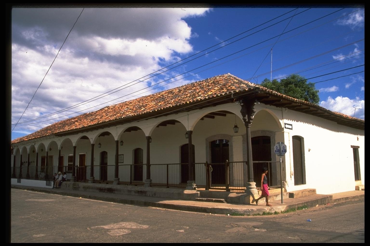 Nuestra bella honduras diciembre 2010 - Casas en el valles occidental ...