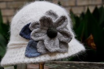 Ivory crochet hat with flower