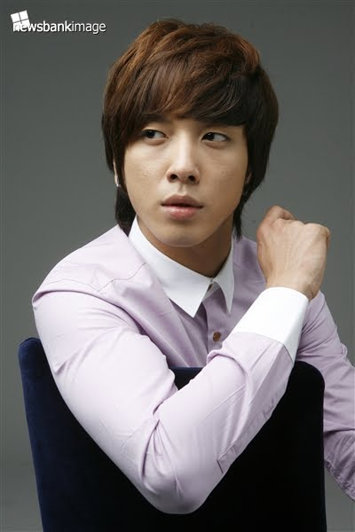 Jung Yong Hwa - Images Colection