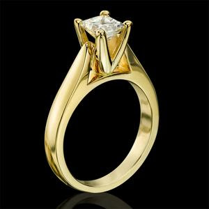 yellow gold engagement rings for women