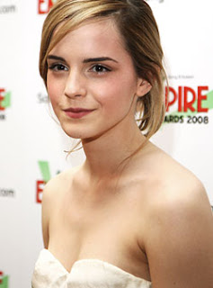 Harry Potter star Emma Watson Reveals Nude Ambitions