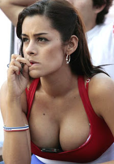 Larissa Riquelme to run naked despite Paraguay Defeat