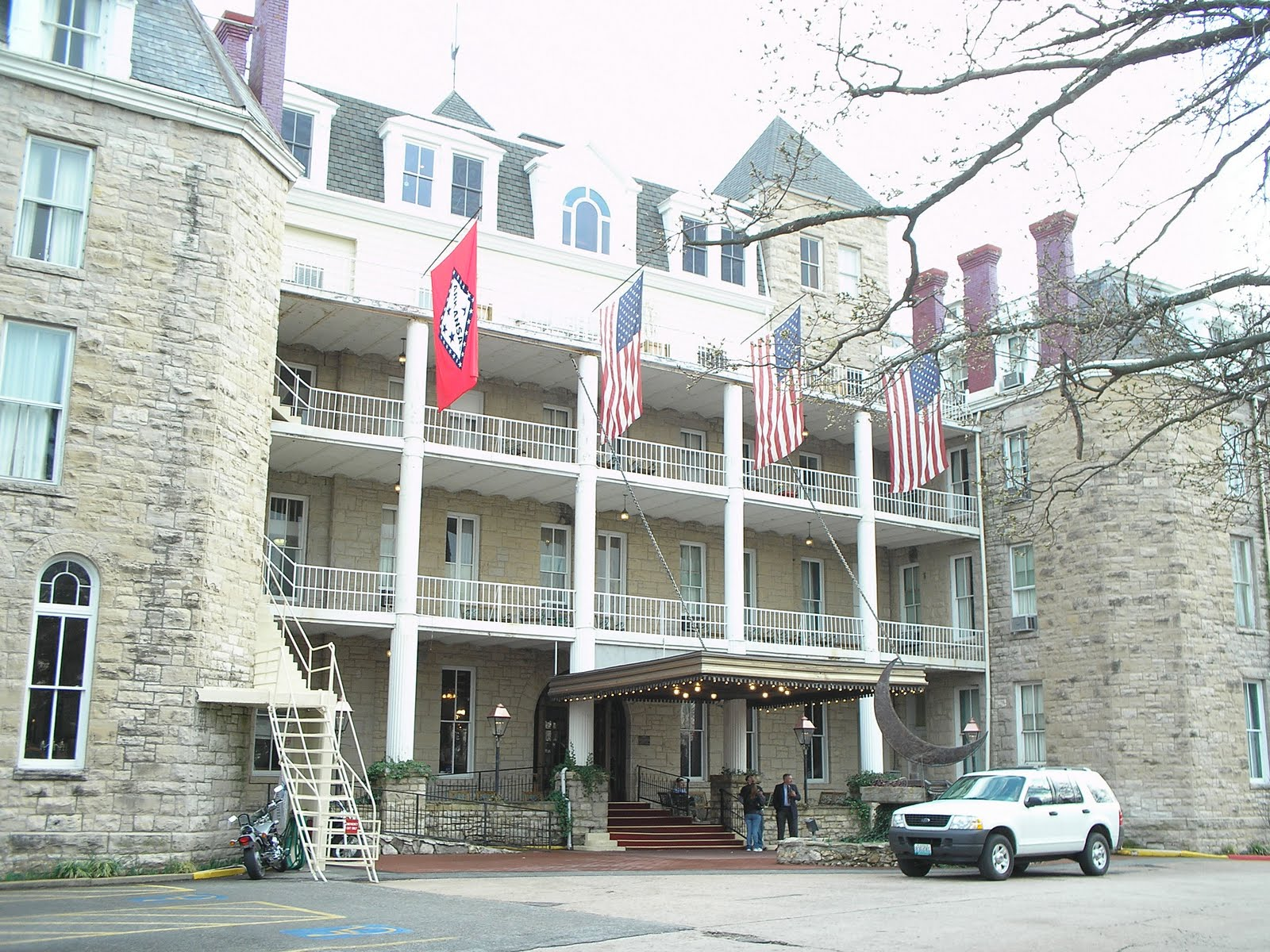 our haunted vacations crescent hotel eureka springs room. Black Bedroom Furniture Sets. Home Design Ideas