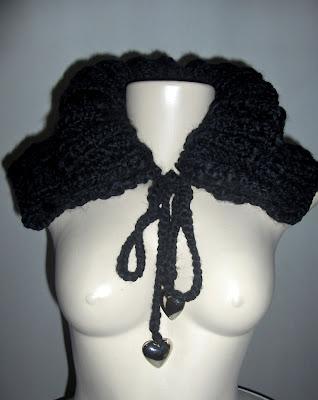 Gola Cape em tricot preta