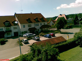 Neubaugebiet in Oberzell  (Blick aus dem  Hotelfenster)
