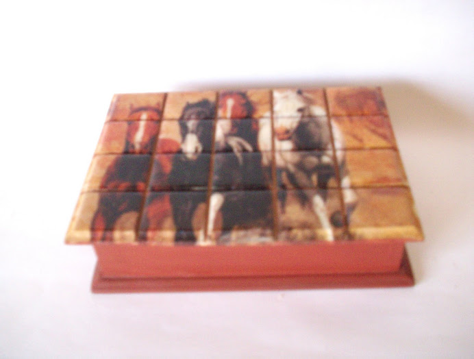 caja falso mosaico