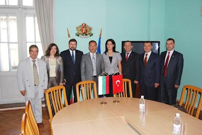 Община Чорлу тихомълком се побратими икономически с Ямбол и Бургас.