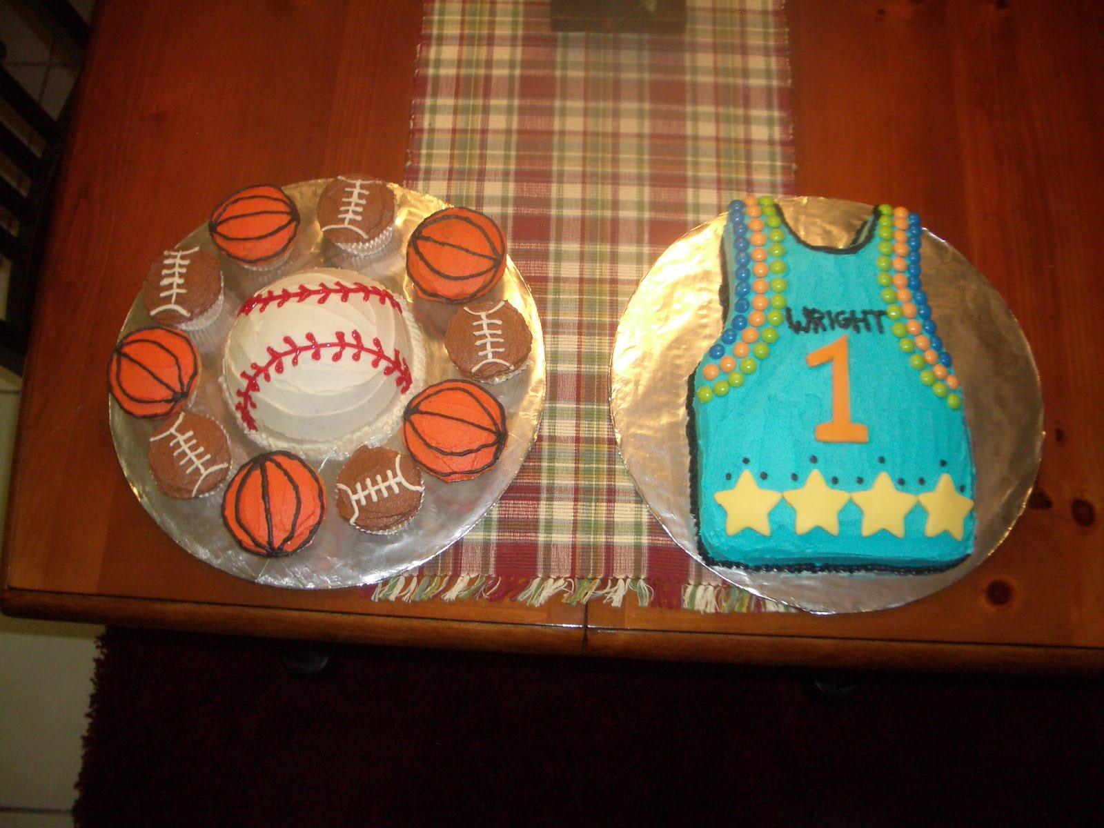 Cupcakes it was really fun to do the baseball was the smash cake