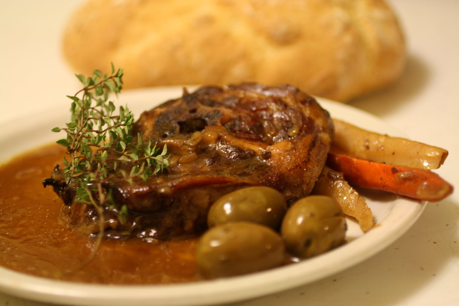 Mastering the art of 10 minute french cooking lamb neck - Cuisiner le collier d agneau ...