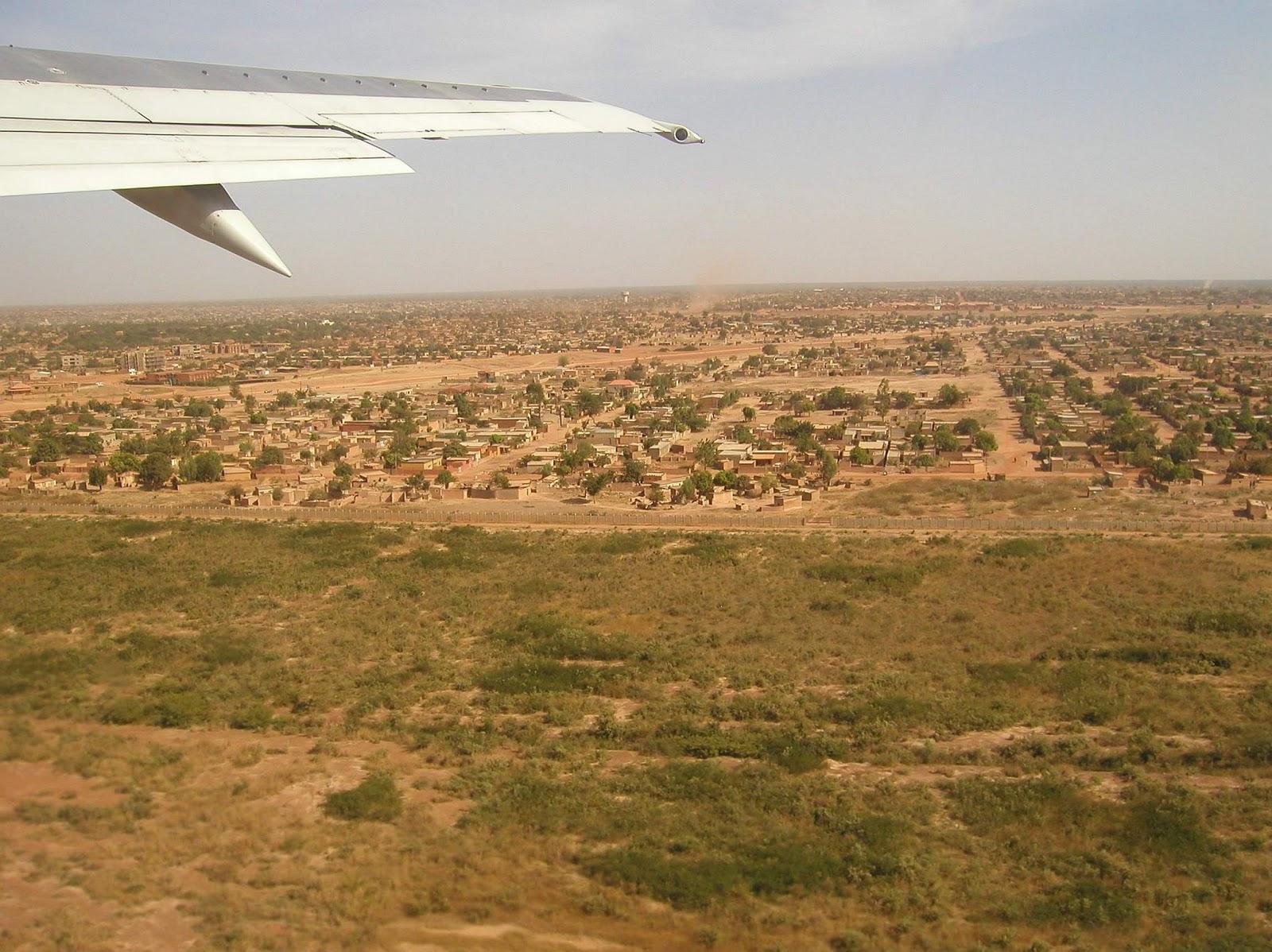 http://3.bp.blogspot.com/_e45GK4i1E8M/TQ9bfXs0FtI/AAAAAAAABmw/pU3tz0dX_TU/s1600/Burkina_Faso-Ouagadougou-PBtforcdivad.jpg