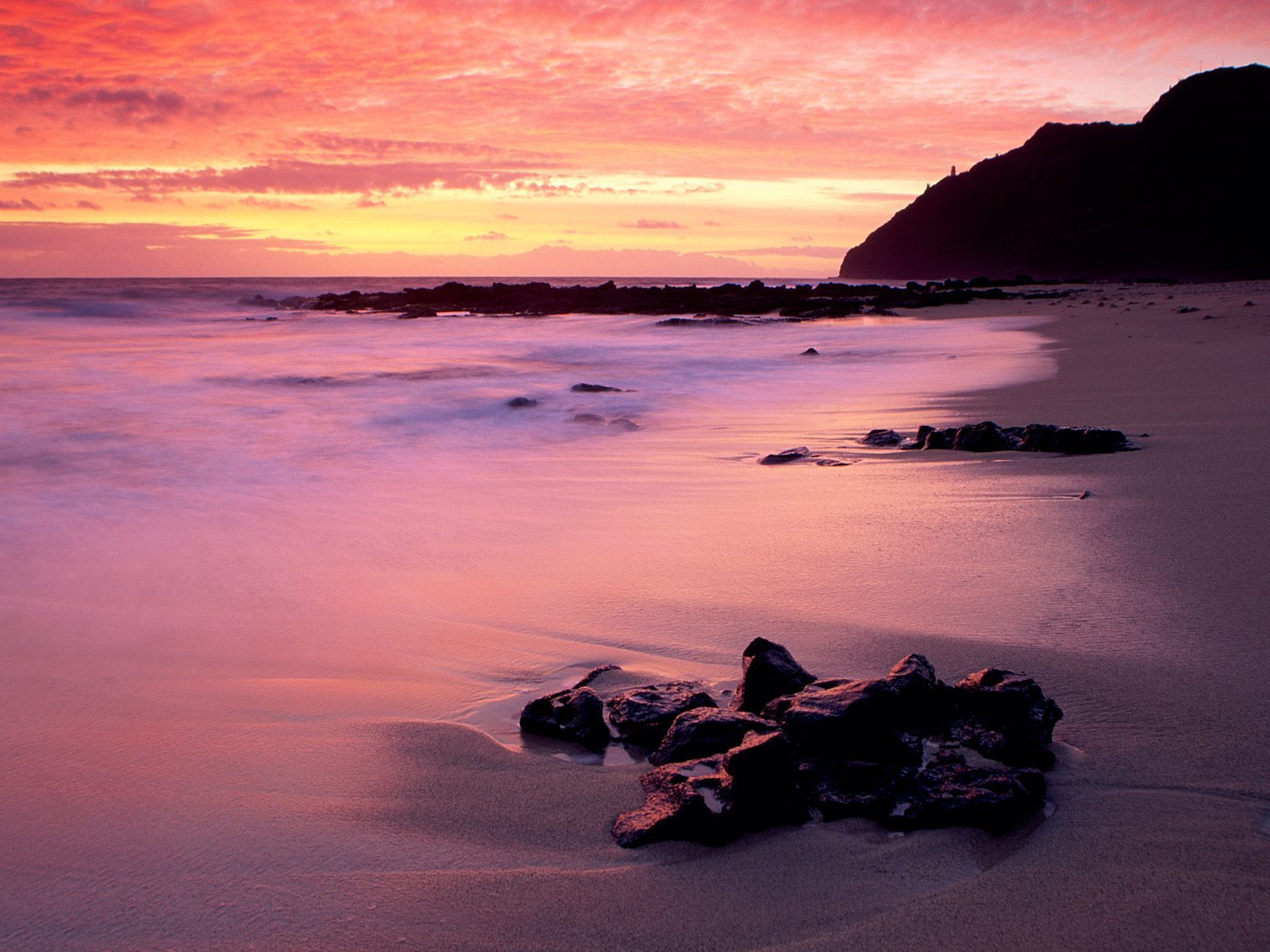 http://3.bp.blogspot.com/_e45GK4i1E8M/TRW_UEWujII/AAAAAAAACWk/IK9lVMwfHII/s1600/Makapuu_Beach_Park_Oahu_Hawaii.jpg