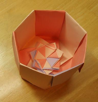 Creative Creasings The Round N Round Box