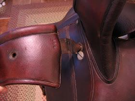 Side Saddle Leaping Head Thumb Screw
