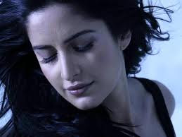 Katrina-Kaif-Hot-Wallpapers-For-Mobiles-15