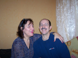 Pat & Debbie in their hotel room