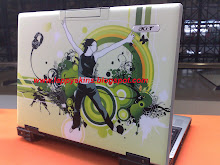 Acer Lappy with logo seen