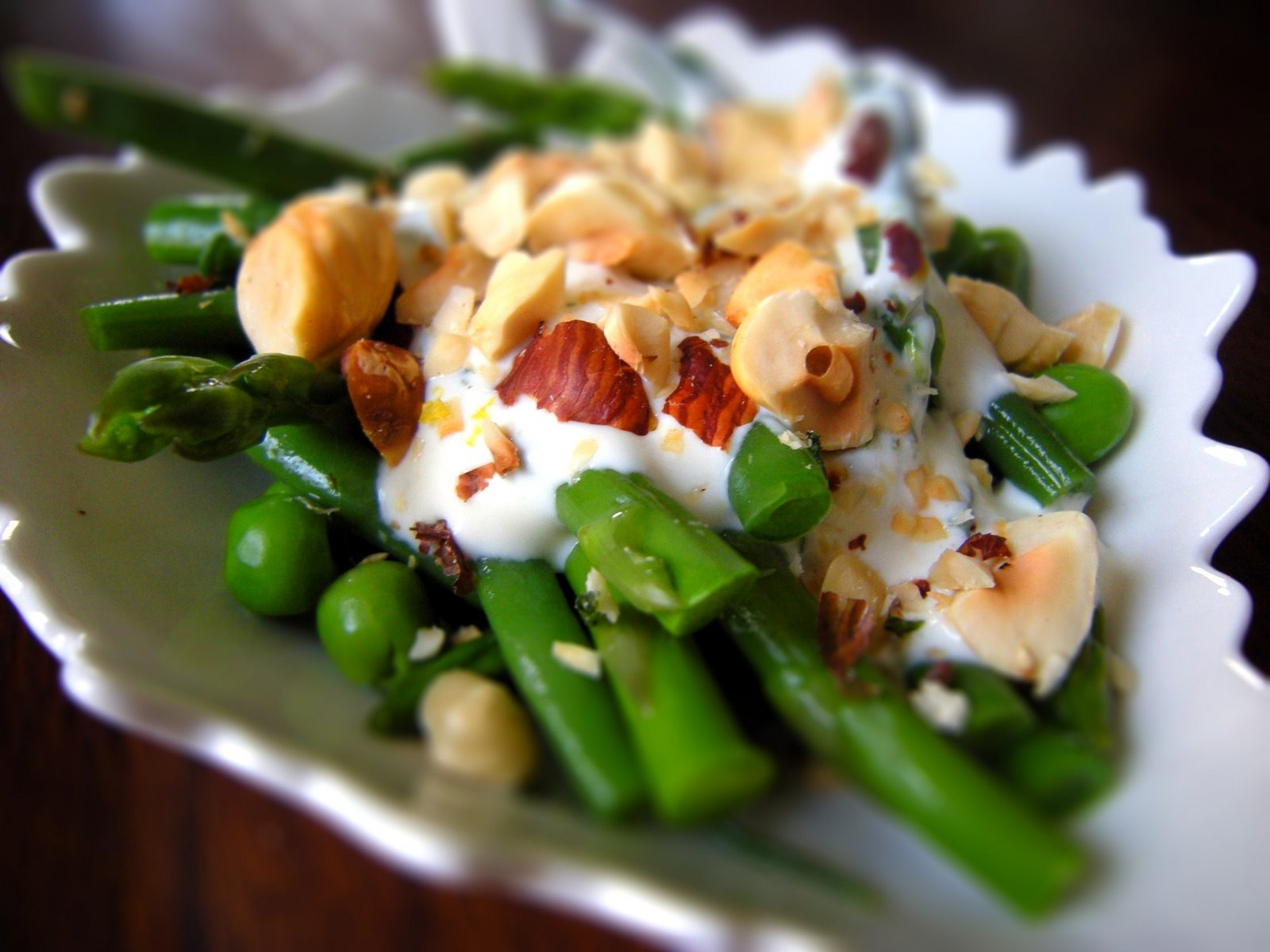 Crafty Lass: Green Vegetable Salad with Creamy Tarragon Dressing