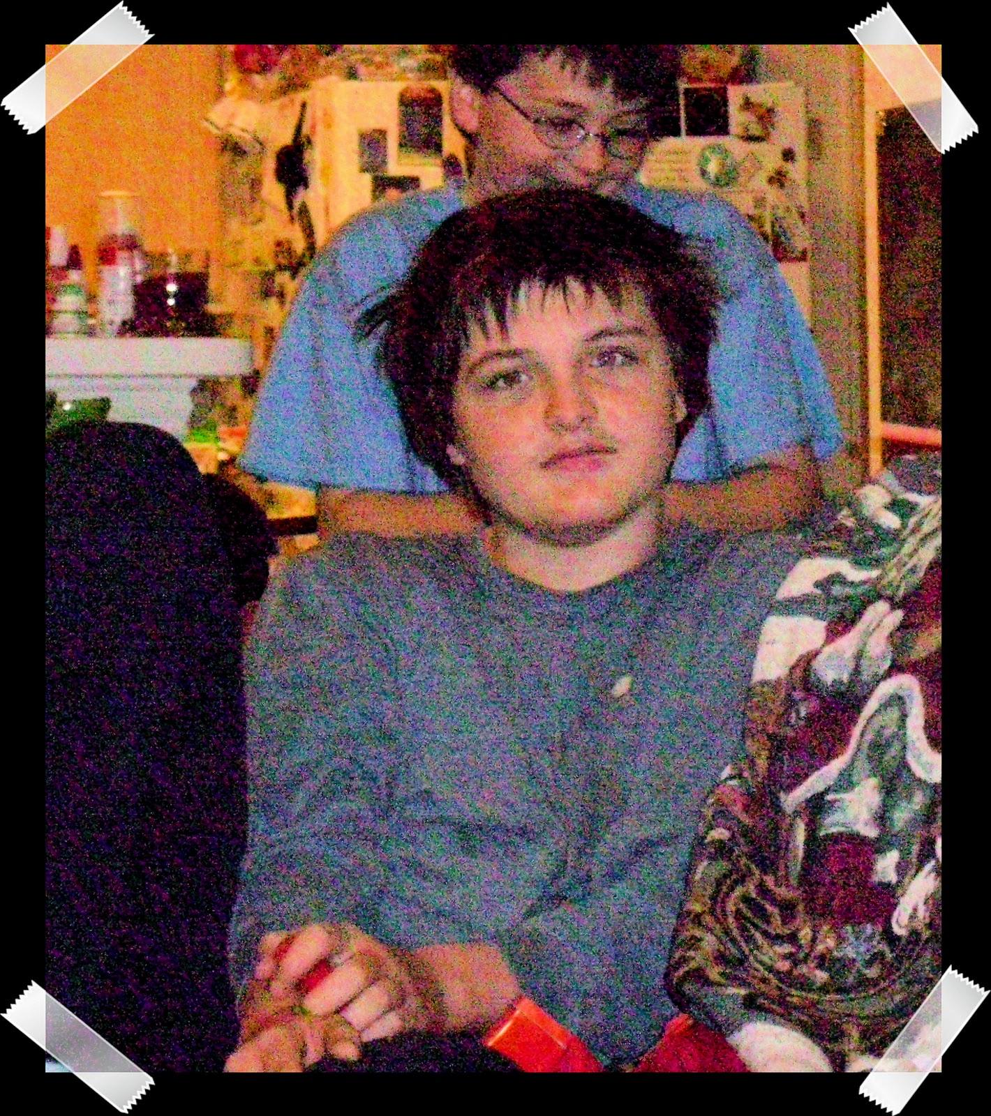 http://3.bp.blogspot.com/_eBC3kASFhco/TRfgE0B_qQI/AAAAAAAAAbA/gRflfdDEAGE/s1600/The+Boys+Christmas+2010.jpg