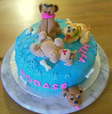 La Qou Edible: Fondant puppies cake