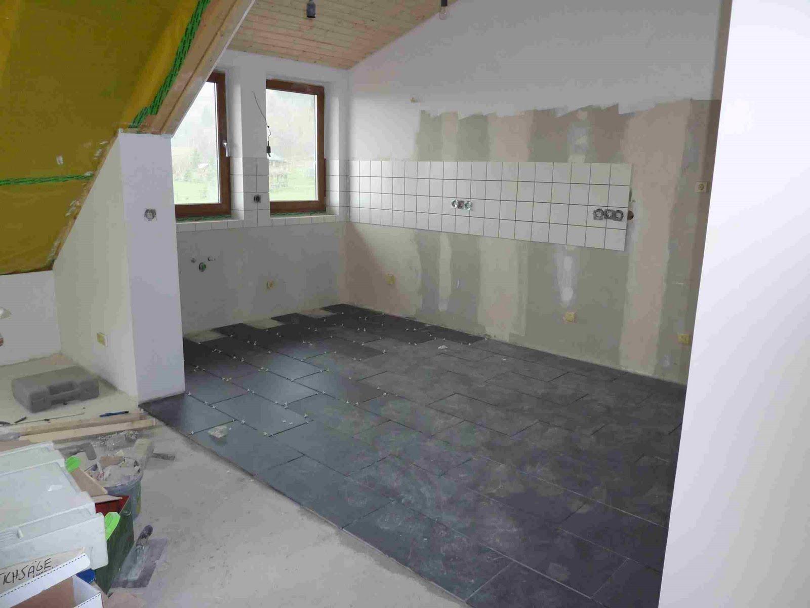 event rum nien april 2010. Black Bedroom Furniture Sets. Home Design Ideas