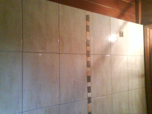 A nossa casa de madeira azulejos das casas de banho for Casa del azulejo