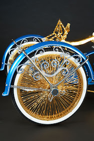 KABERNART: ARTE EN BICICLETAS LOWRIDER